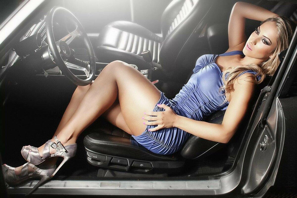 Голые Девочки В Машине
