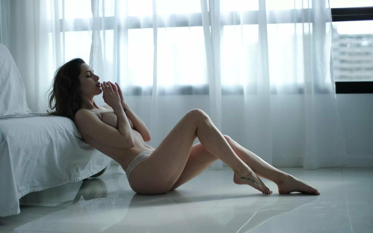 Ноги Молодых Голых Девушек Фото