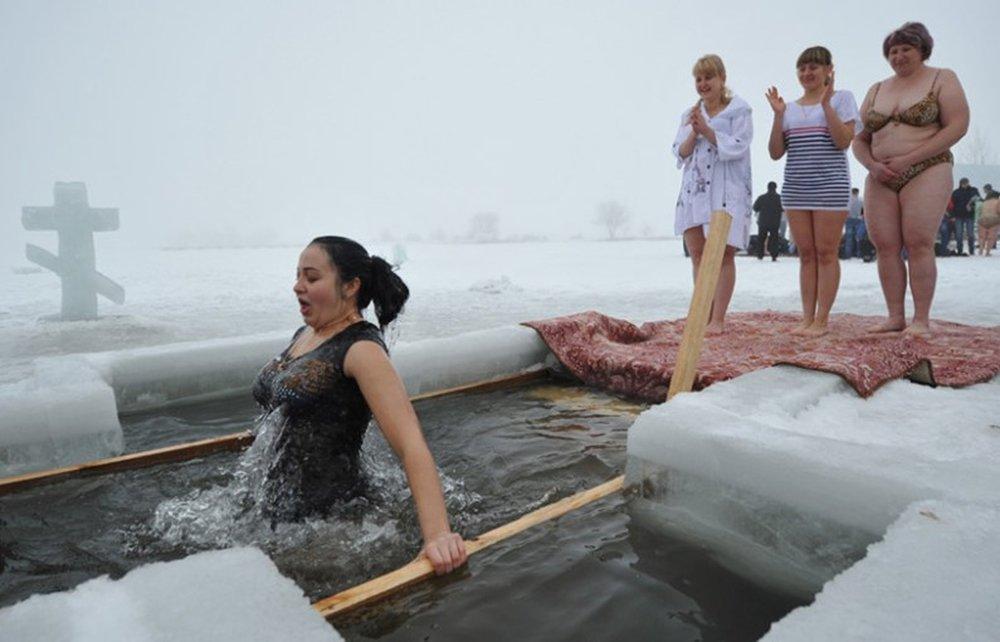Русские Девушки Голые На Крещение