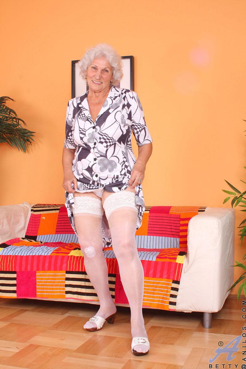 Фото Писек Пожилых Голых Женщин