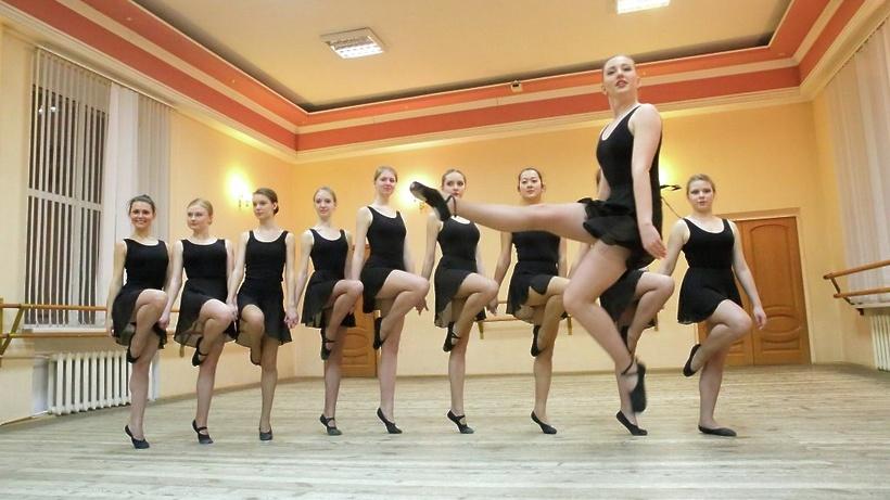 Голые Танцуют Русское