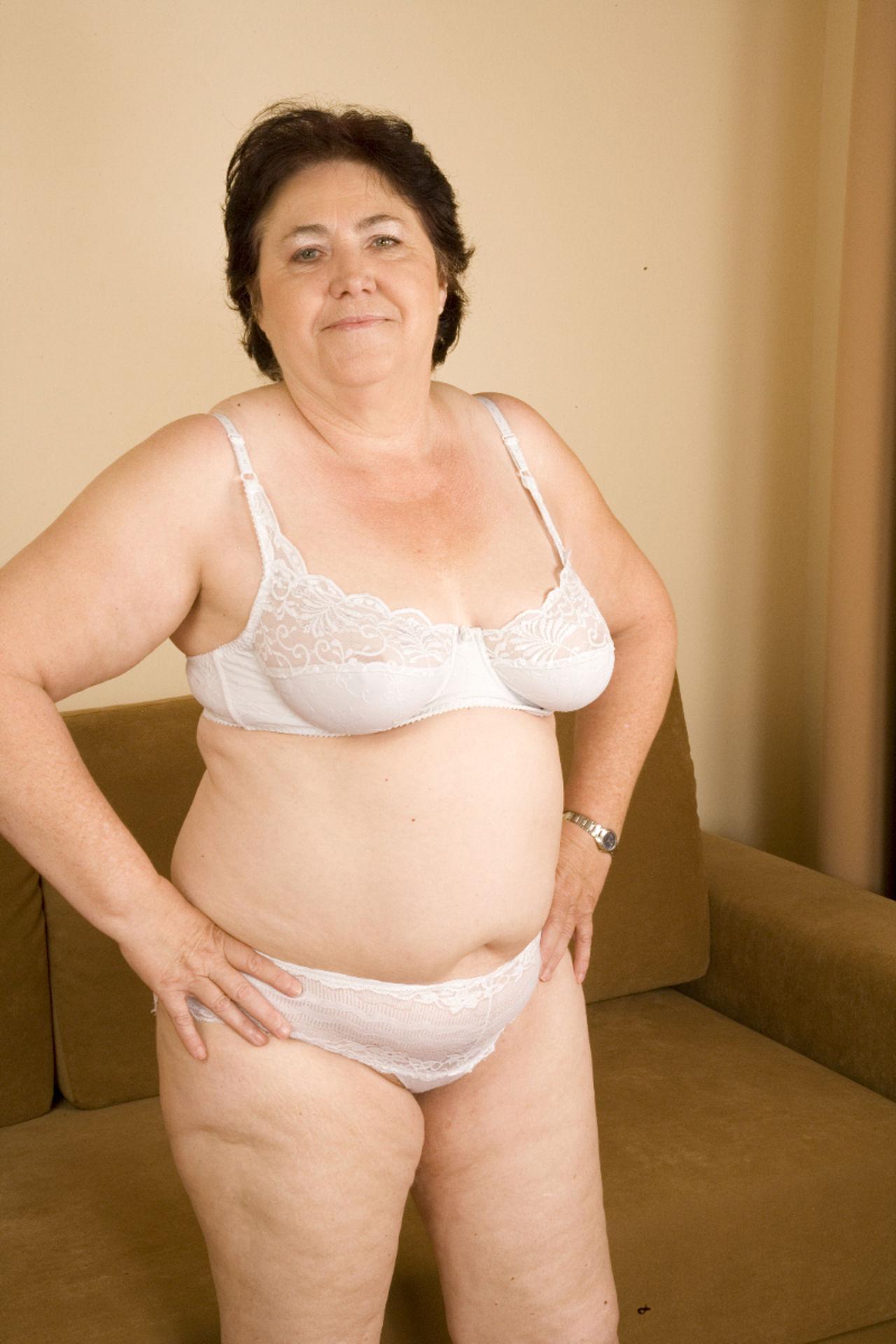 Голые Толстые Бабы Постарше