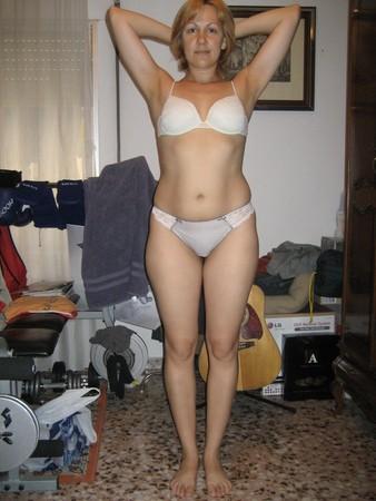 Голые Жены Симпатичный