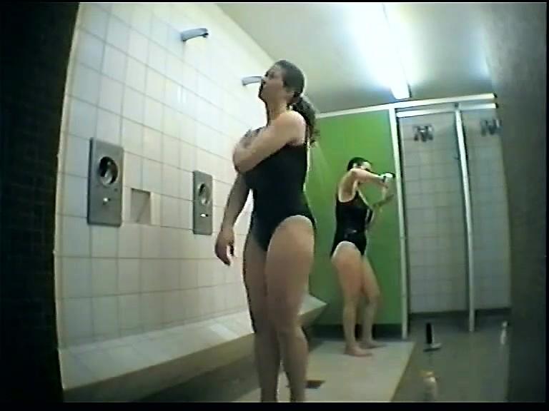 Подглядываем За Голыми Девочками Видео