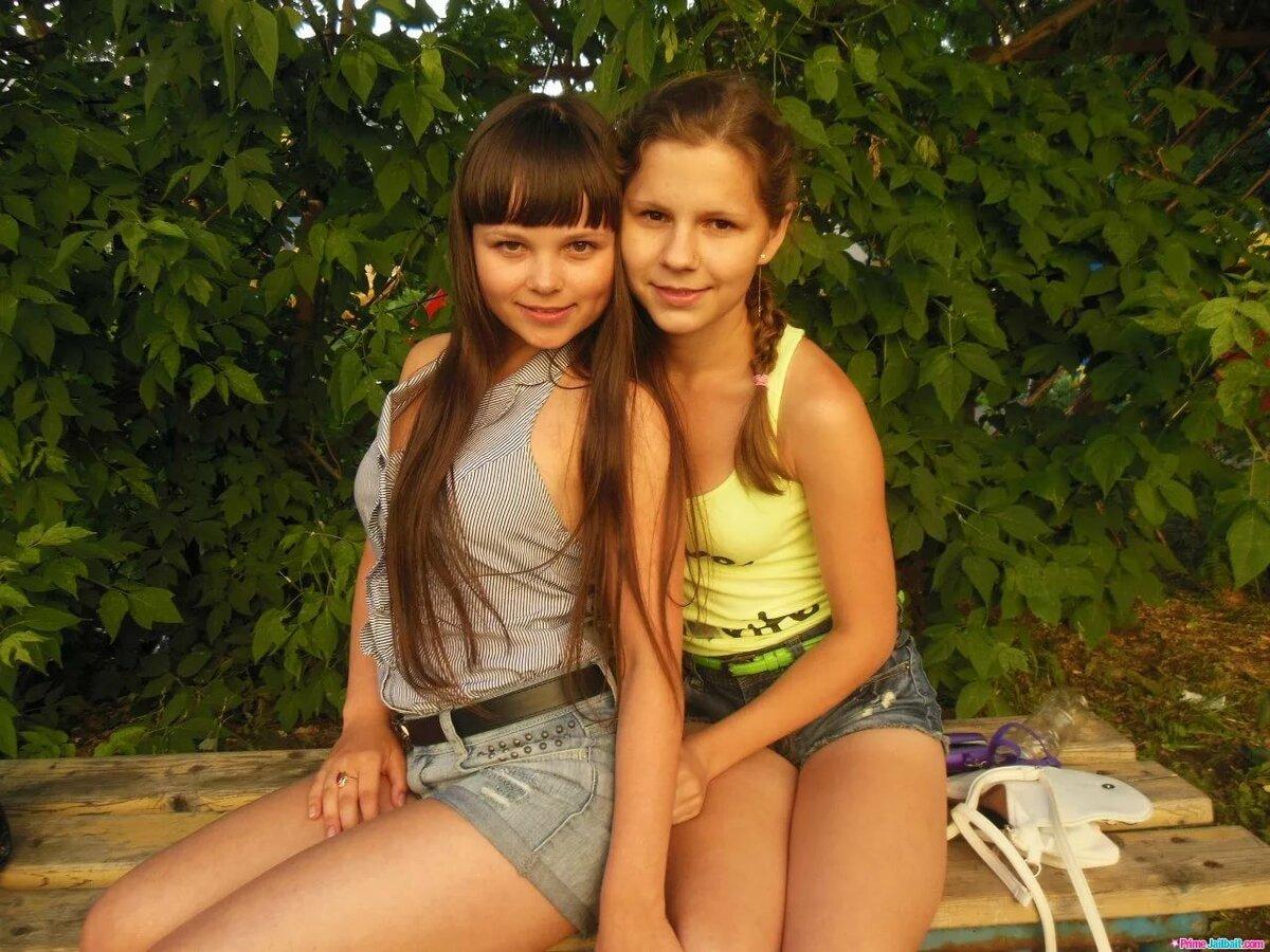 Девушки С Пышными Голыми Сиськами