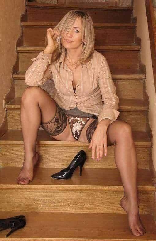 Голые Ноги Русских Женщин
