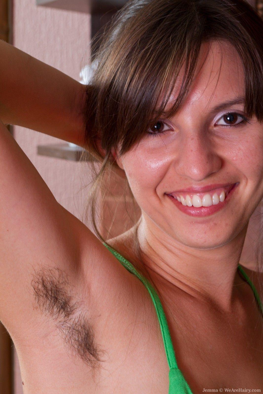 Любительское Фото Голых Волосатых Женщин