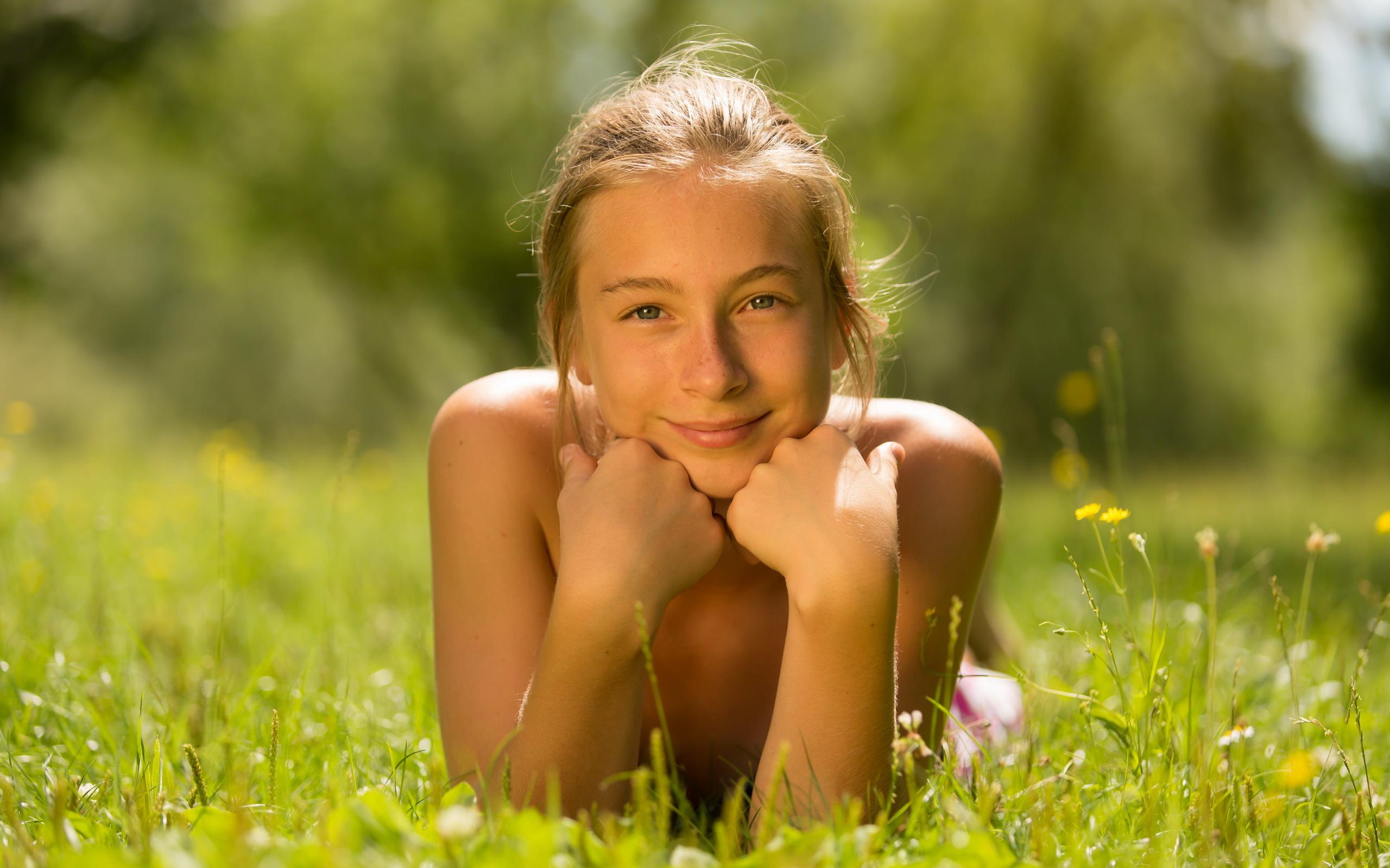 Голый Подросток Девочка 14