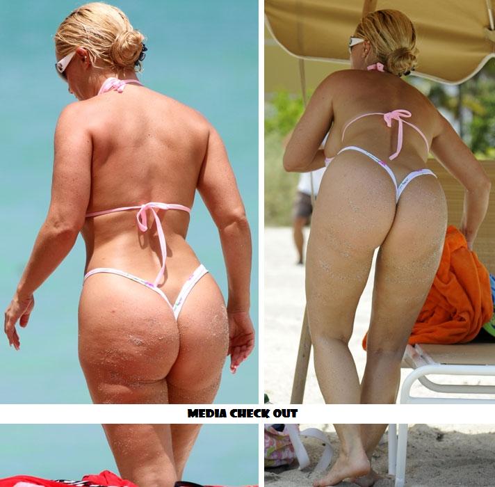Девушки На Пляже Голые Бесплатно