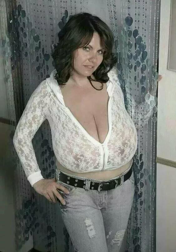 Огромная Жена Голая
