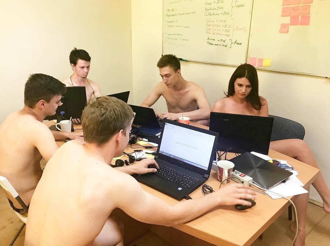 Голые Русские Студенты Видео