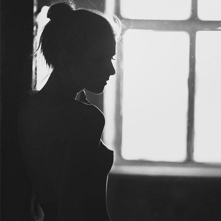 Одинокая Голая Фото