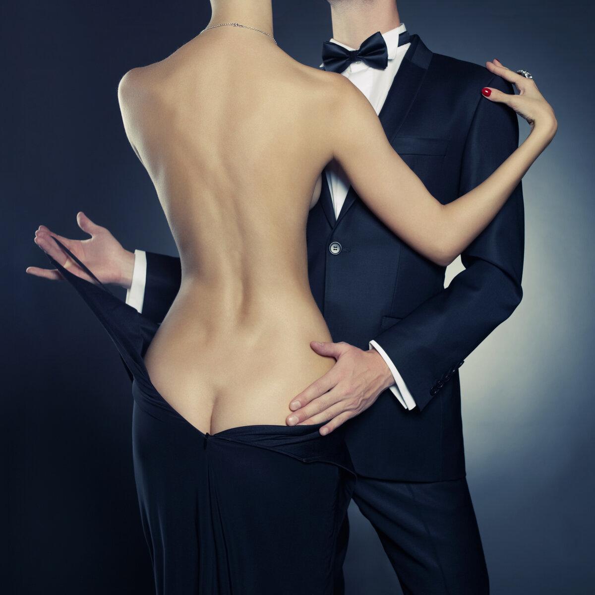 Голая Женщина Танцует Мужчине