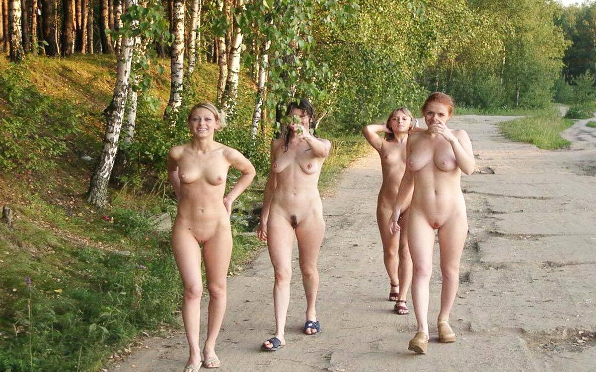Фото Голые Женщина До Премьеры Осталось Бесплатно