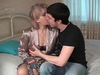 Видео Голой Гагариной