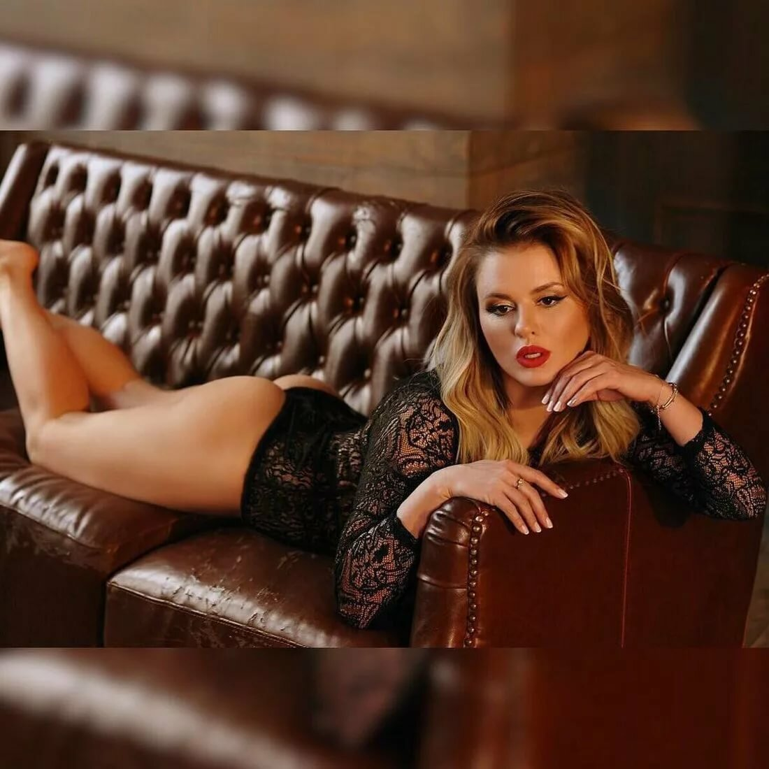 Смотреть Голую Анну Семенович
