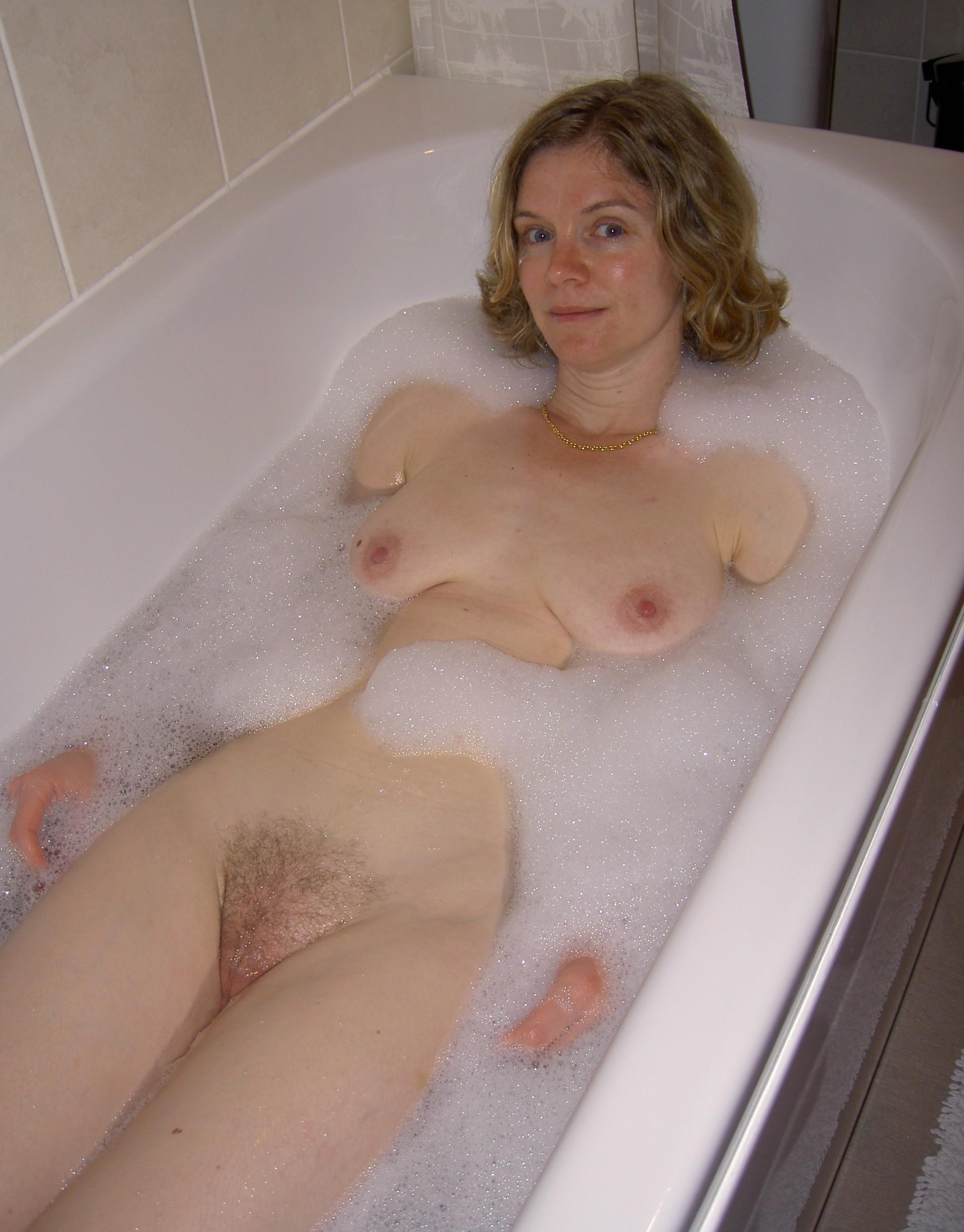 Голые Девушки В Ванной Частное Фото