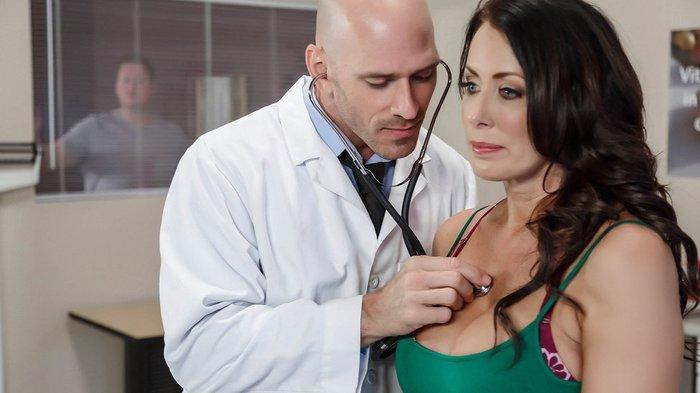 Голые В Больнице Видео