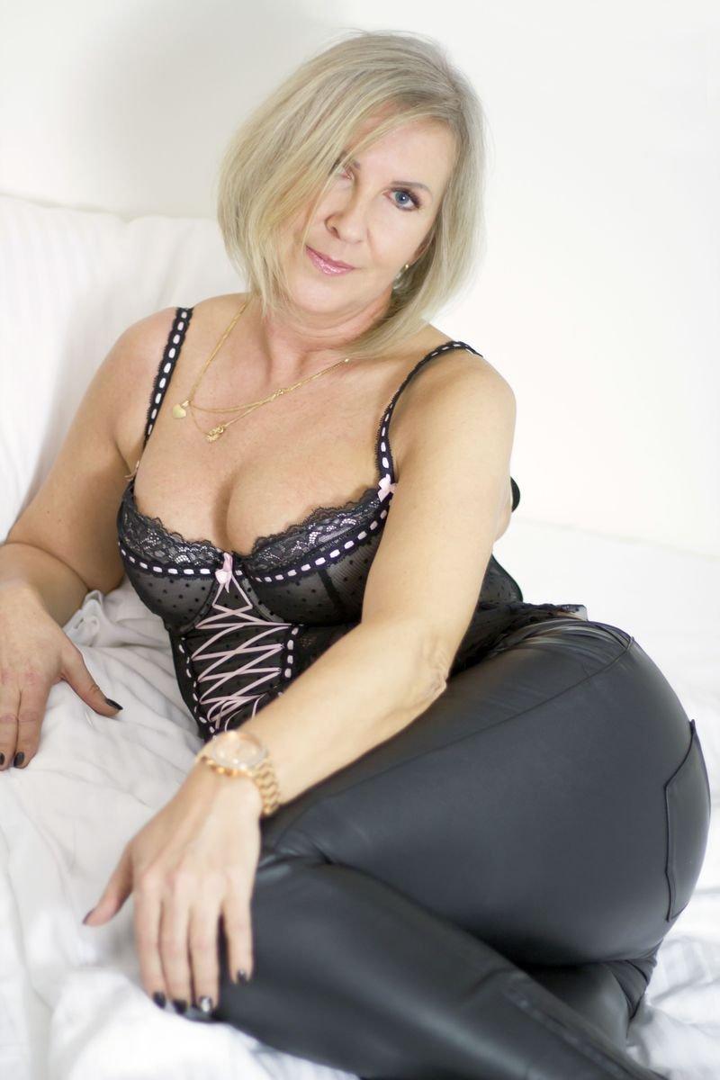 Веб Видео Голых Зрелых