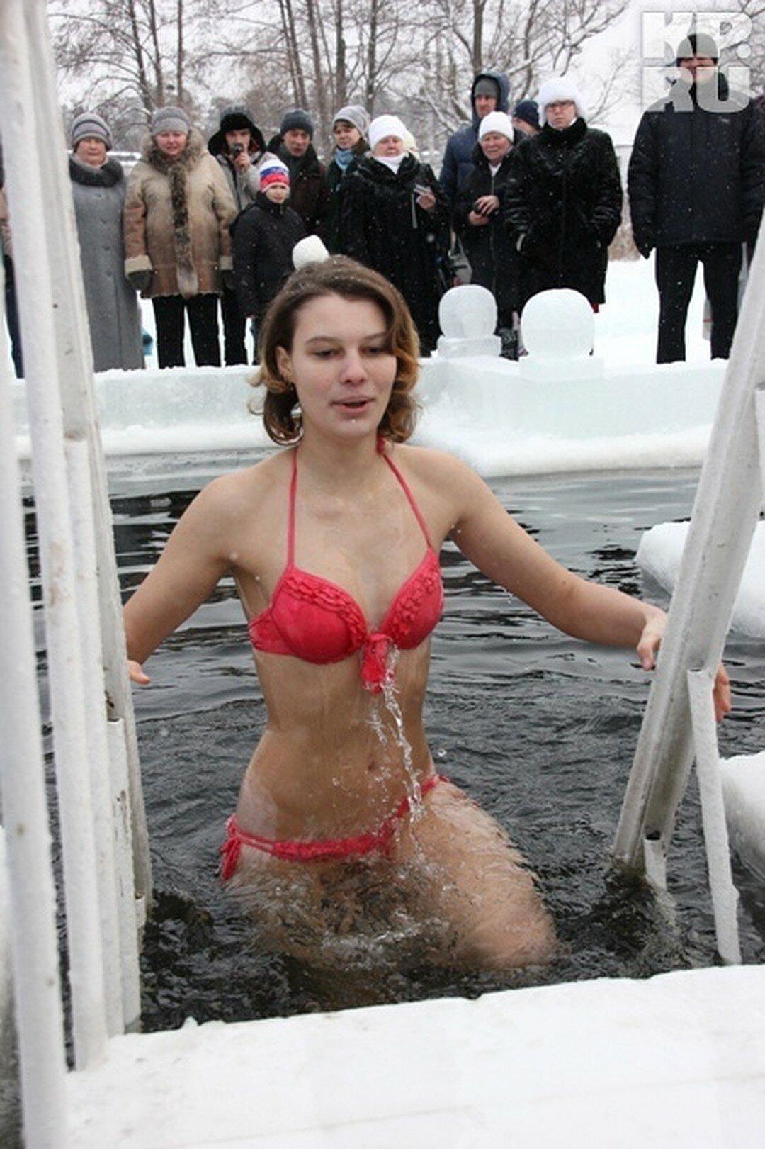 Голая Александрова