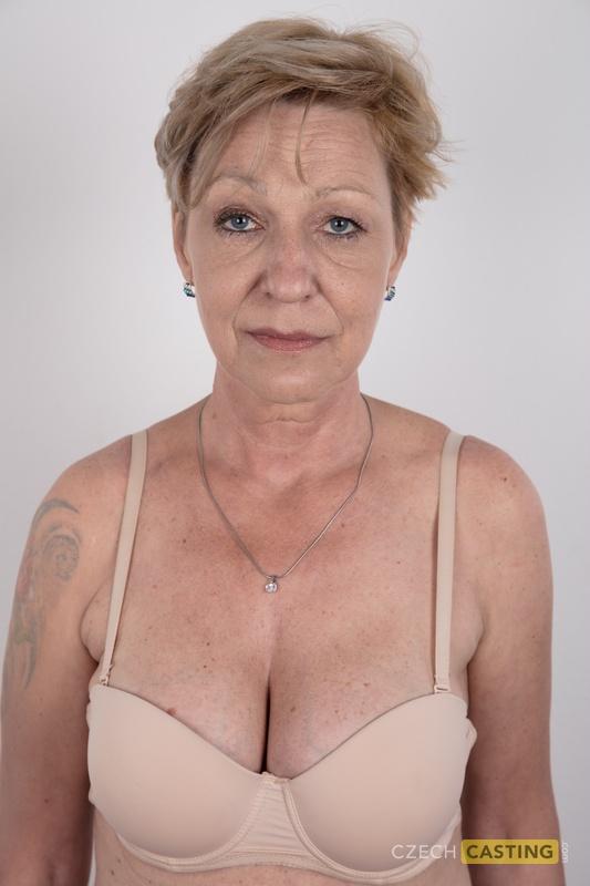 Голые Груди Пожилых Женщин