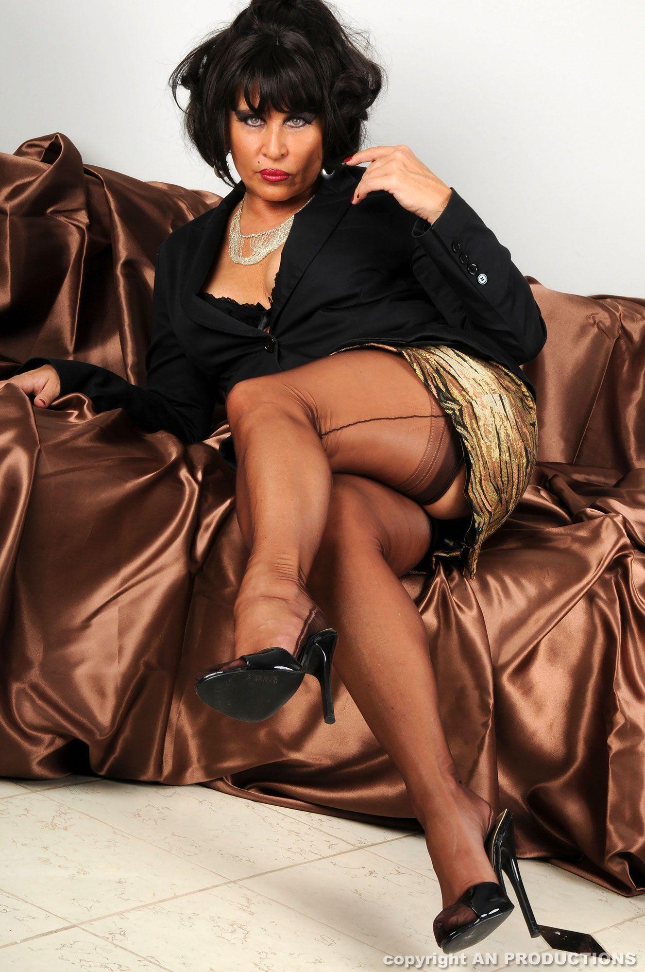 Голые Зрелые Черные Женщины