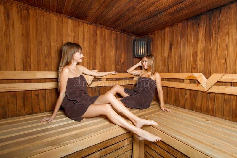 Девочка 12 Лет Голая В Бане