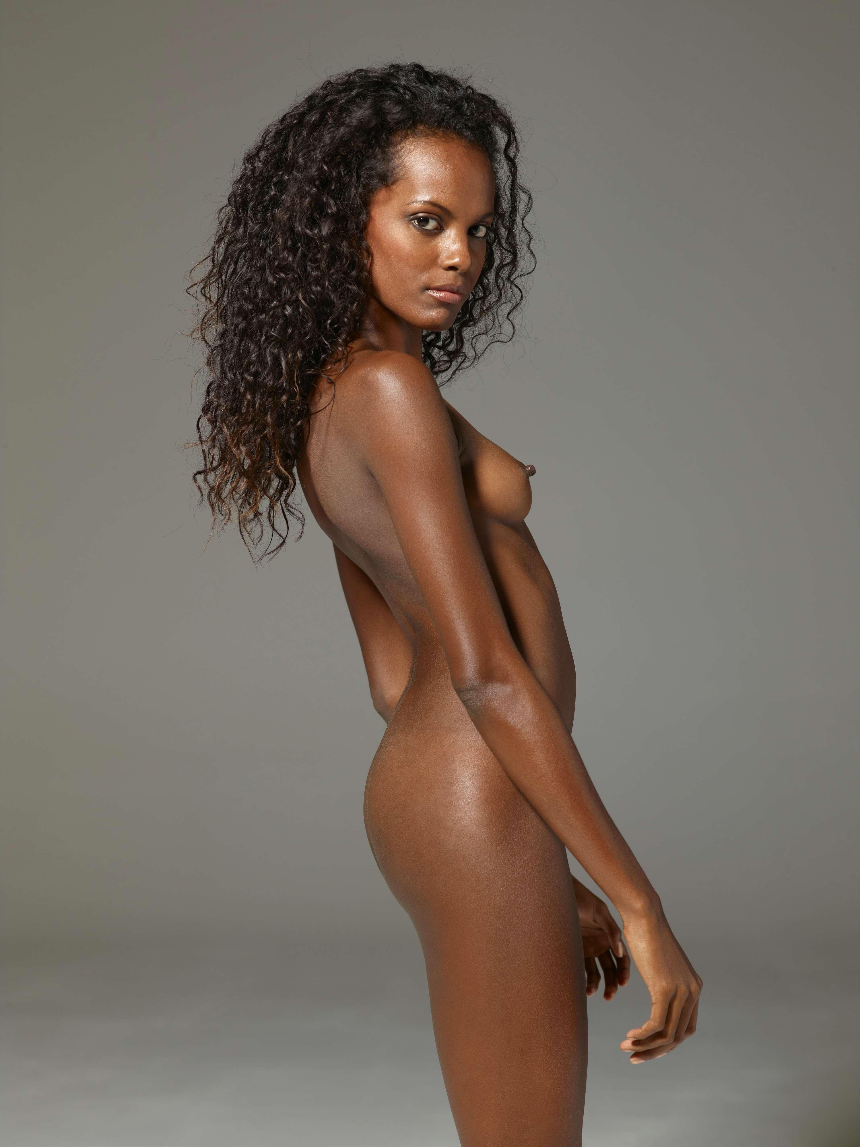 Nacked Black Woman