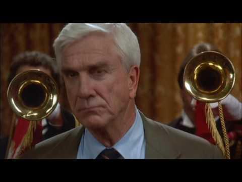 Смотреть Фильм Голый Пистолет 1