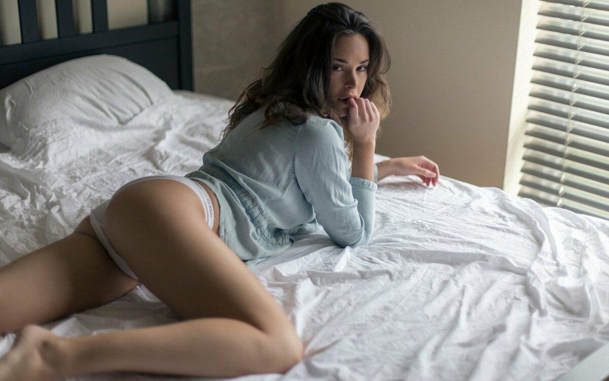 Голая Жена Утром