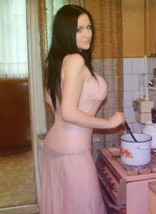 Голые Чеченские Женщины Фото И Видео Бесплатно