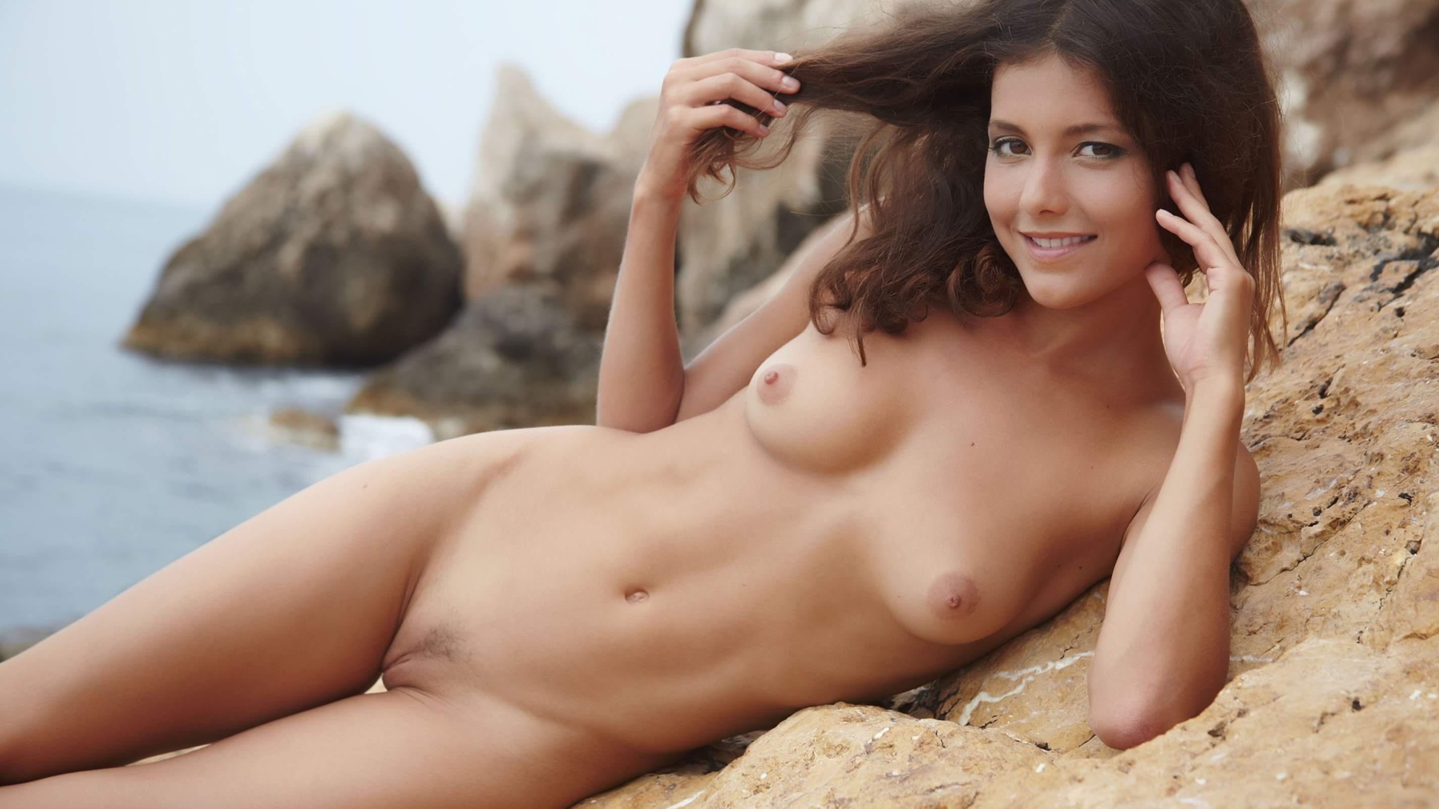 Naked Eastern European Girls
