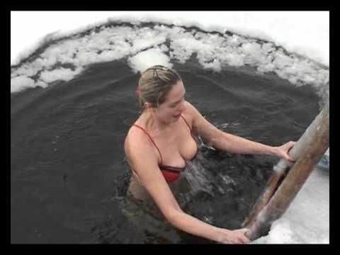 Голые На Крещение Видео