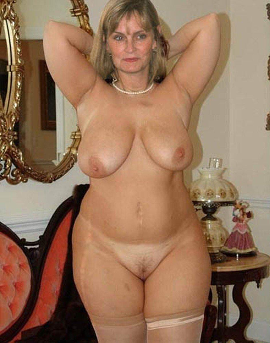 Голые Пышные Зрелые Женщины
