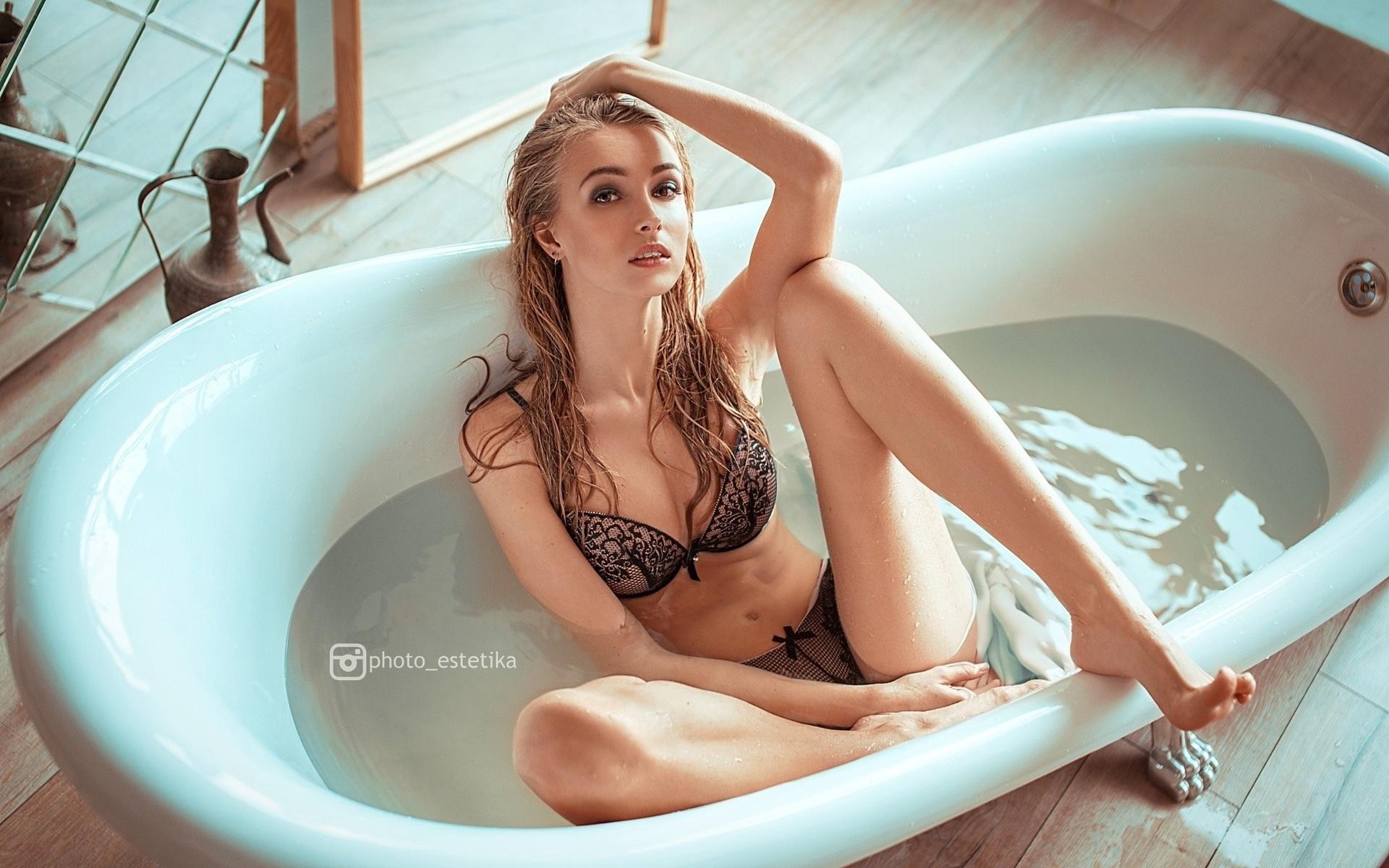 Голые Ванных Ванна