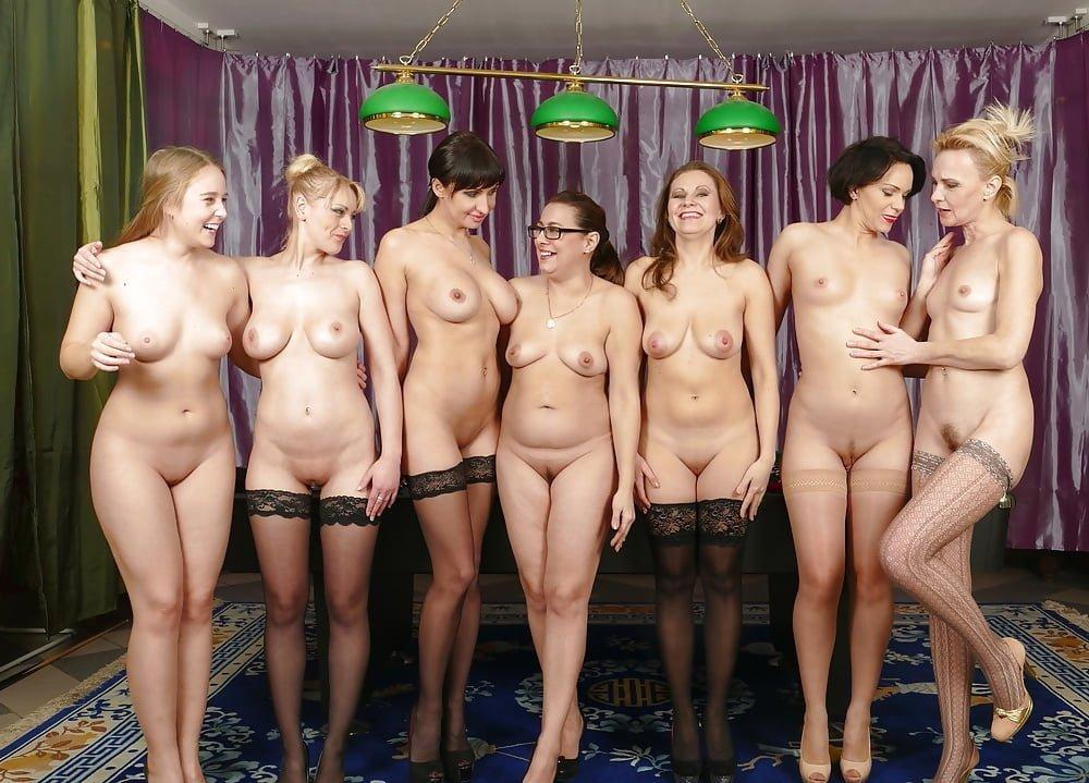 Голые Женщины Частное Фото Сайт