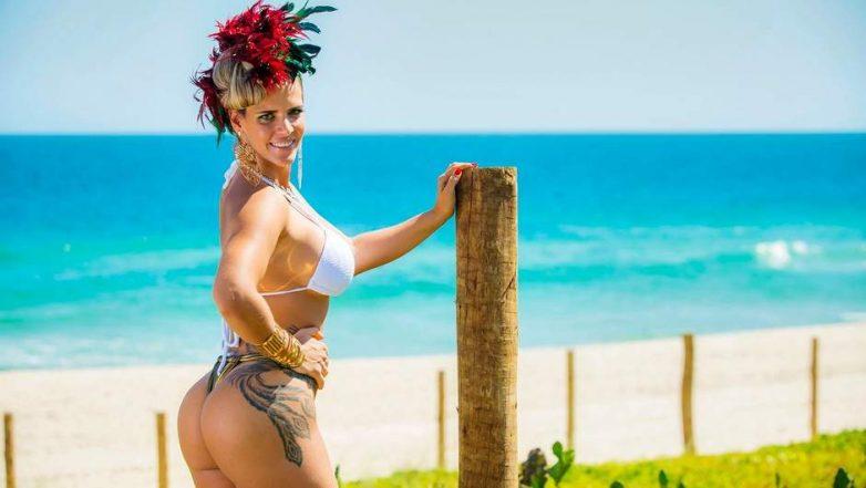 Голые Зрелые Дамы На Пляже