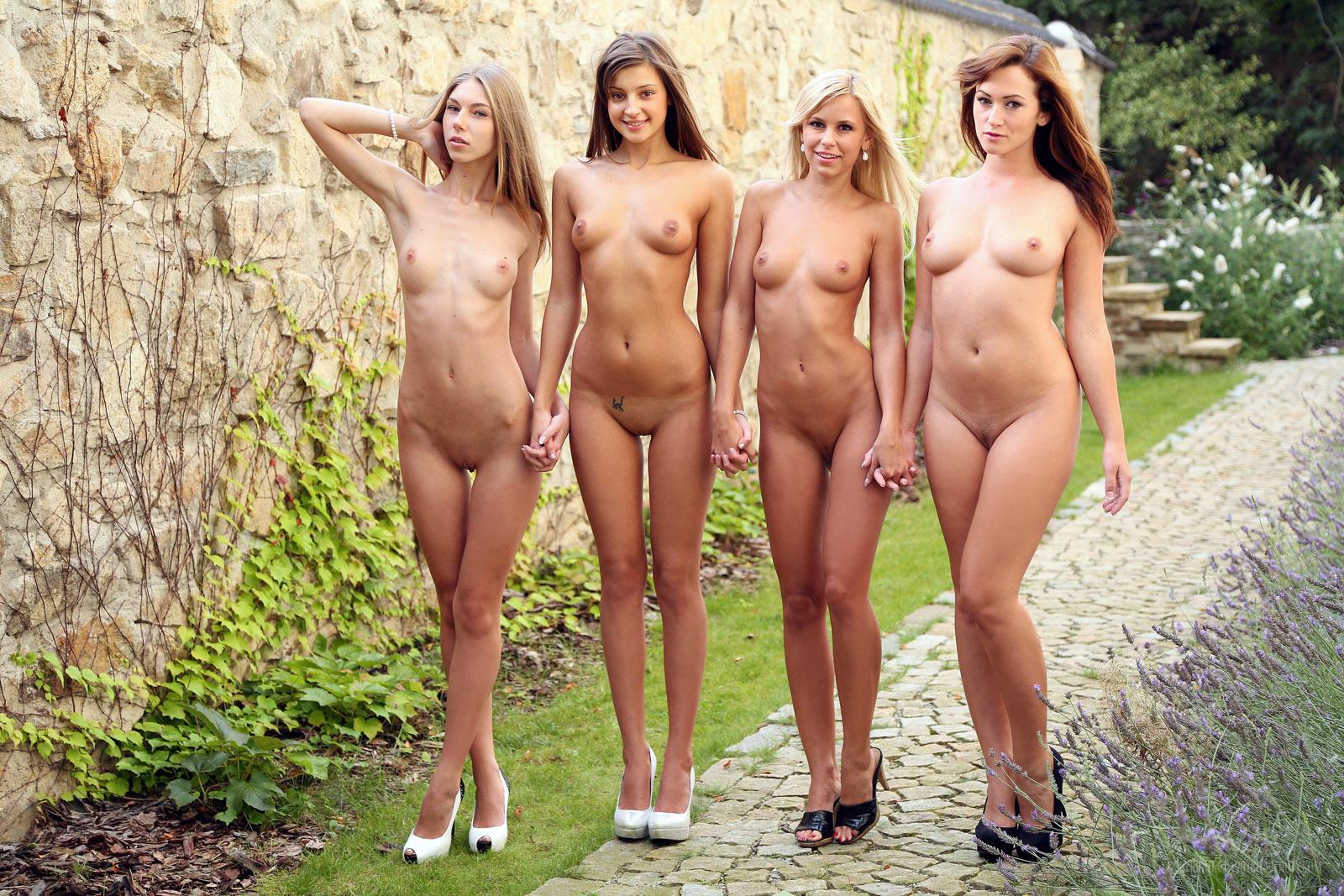 Новые Голые Женщины