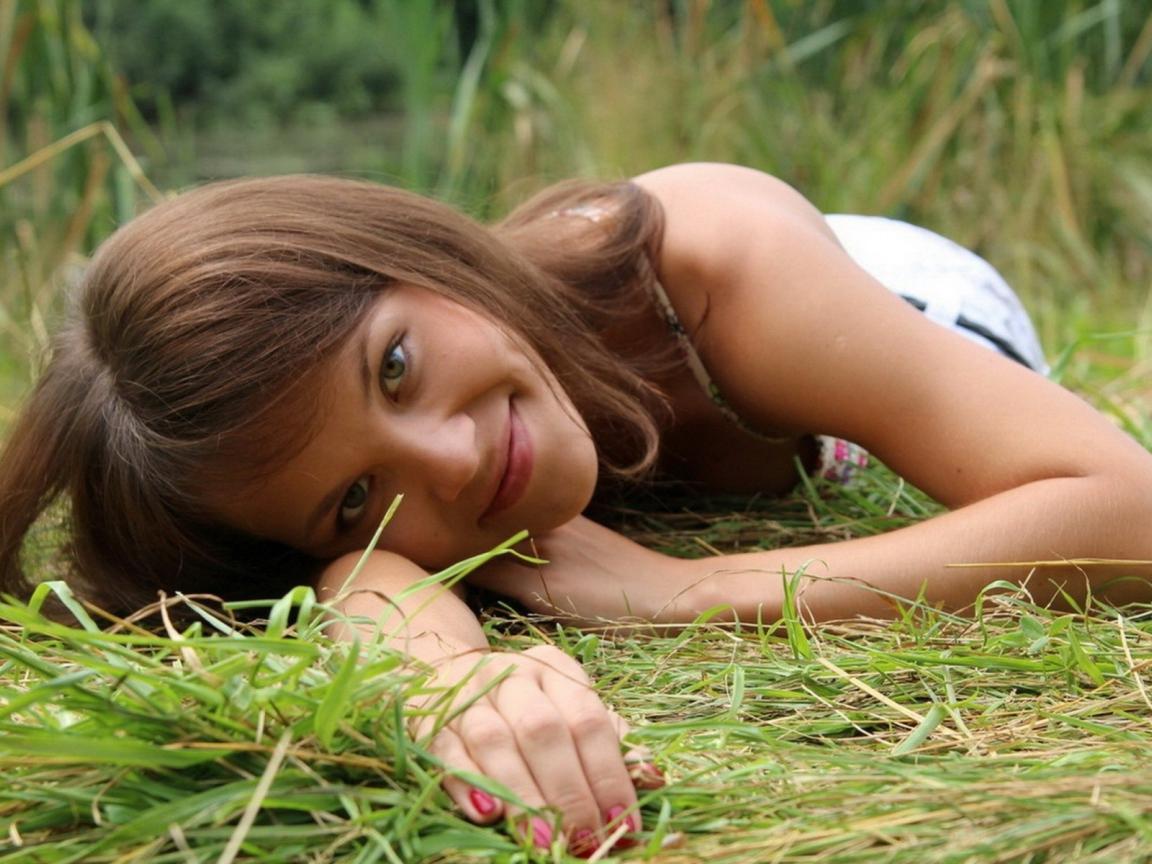 Русские Девушки Молодые Голые Смотреть
