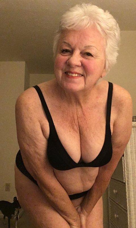 Смотреть Голых Пожилых