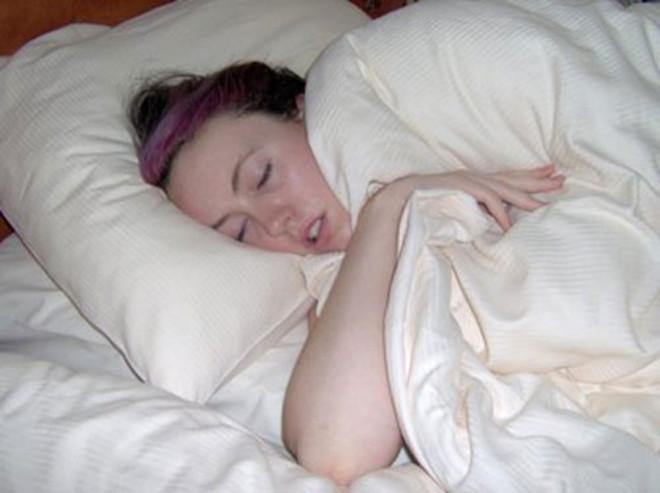 Спящая Голая Жена Домашнее Фото