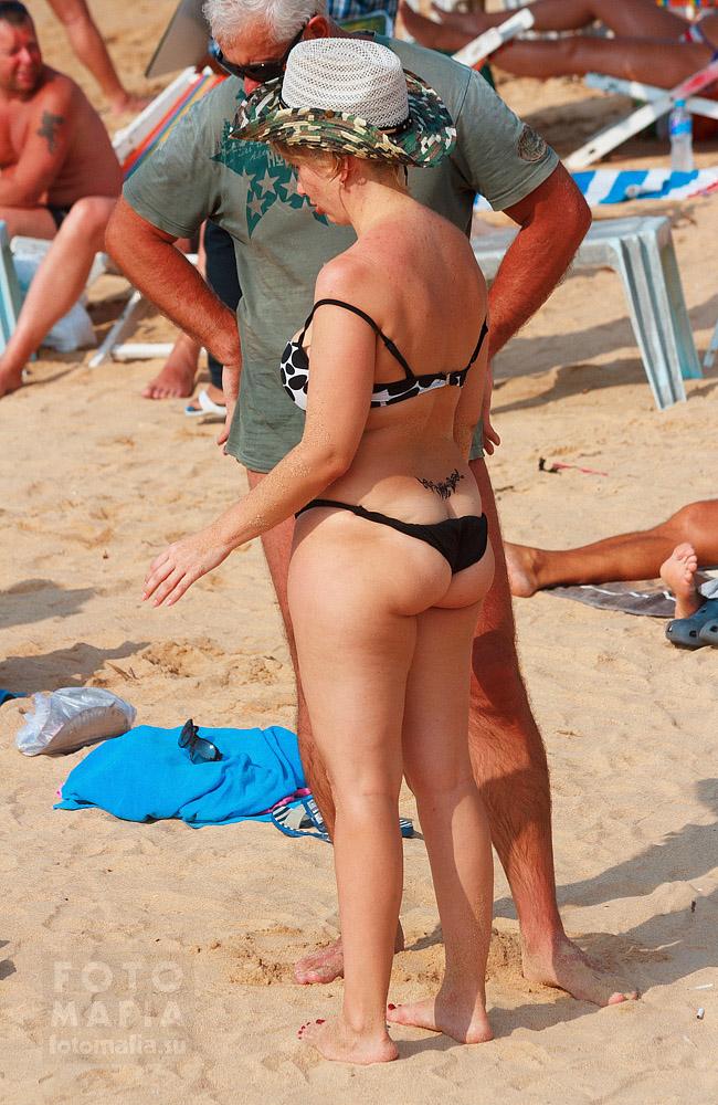 Жена Голая На Нудистском Пляже